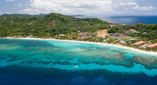 Retire to Roatan - Coral Reefs Surround the Island
